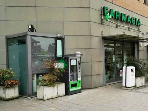 distributore-automatico-farmaci-napoli